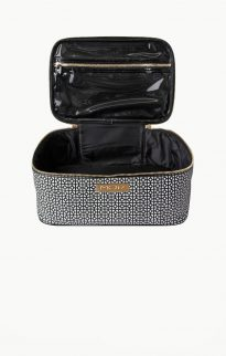 mor barcelona cosmetic toiletry bag3