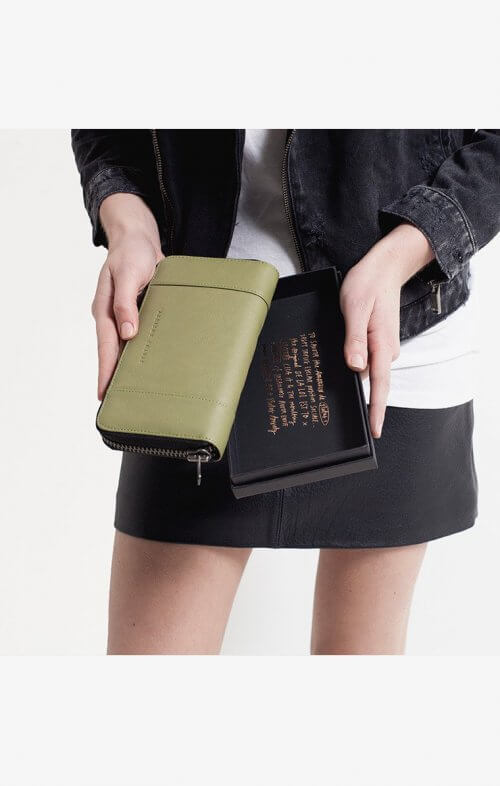 status anxiety state of flux wallet olive6