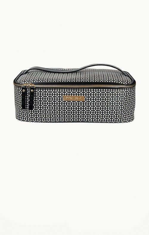 mor cosmetics barcelona toiletry bag