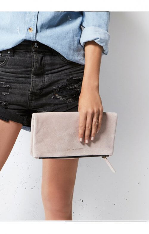 status anxiety feel the night wallet dusty pink5