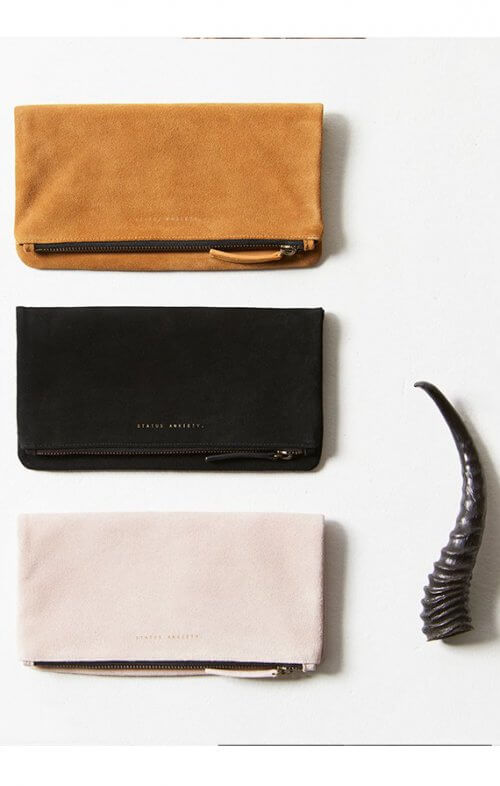 status anxiety feel the night wallet dusty pink6
