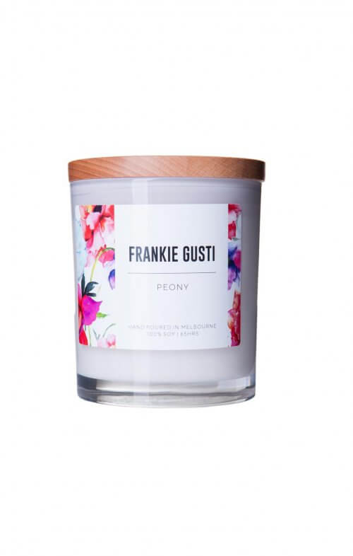 frankie gusti peony soy candle wood lid