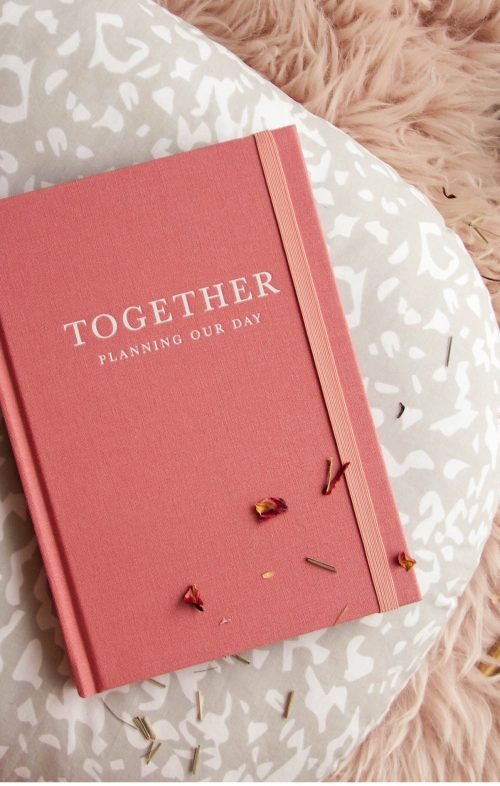 WRITE TO ME TOGETHER WEDDING PLANNER