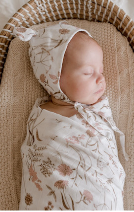 LUNA TREASURES WILD MEADOW MUSLIN WRAP PINK